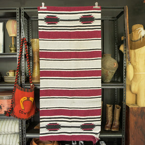 SOUTHWESTERN MOTIF SADDLE BLANKET