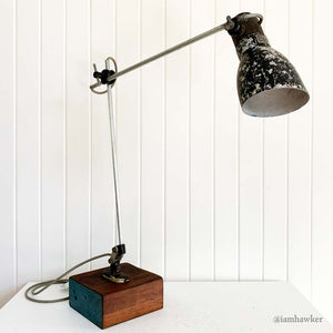 INDUSTRIAL ANGLE-POISE TABLE LAMP