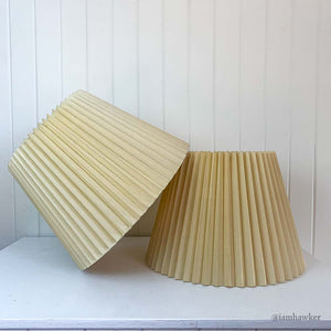 KNIFE PLEATED LAMPSHADES 2SET