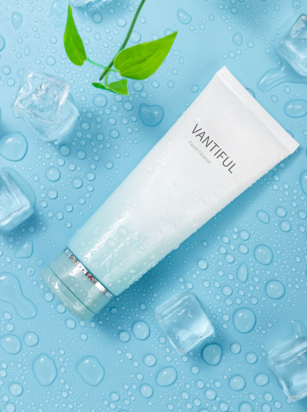 VANTIFUL Facial Cleanser 8 oz/ 240 mL