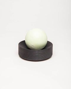 eucalyptus-lemon salt soap set black round
