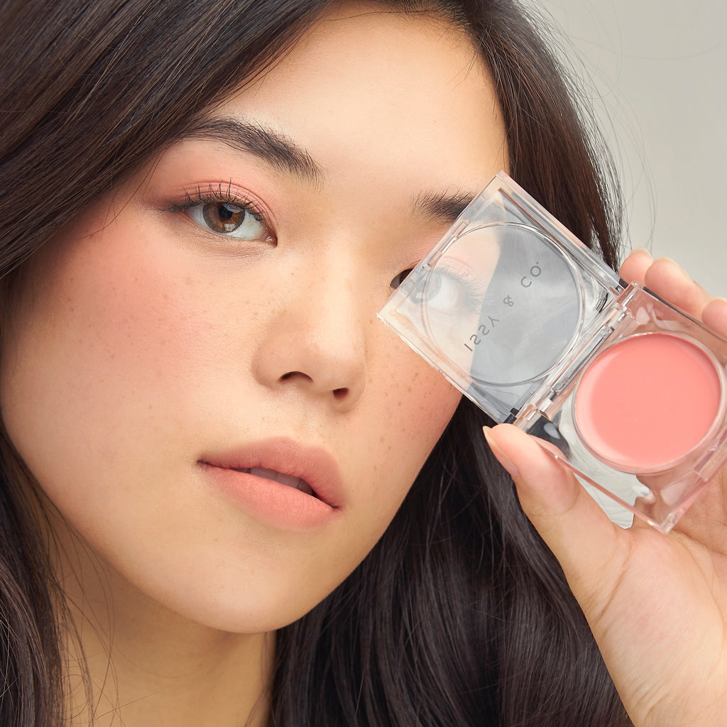 Cream Blush - Femme Rose Model 3