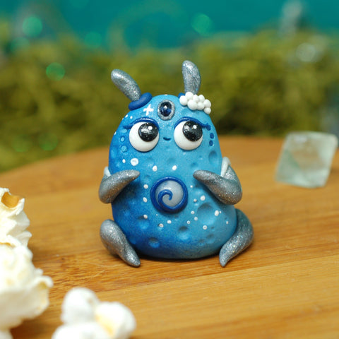 BB Blue Moon weebeast ✦ Moonstone life source