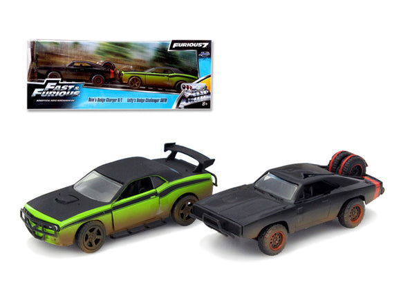 Dom\'s 1970 Dodge Charger R/T Off Road and Letty\'s Dodge Challenger SRT8 \Fast & Furious 7\