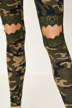 Load image into Gallery viewer, Makaylas Camo Leggings