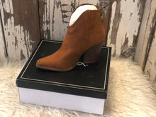 Load image into Gallery viewer, Maple Suede Booties