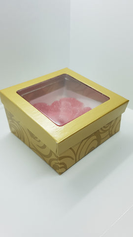 Gold Box filled with sugar hearts 3.5 oz