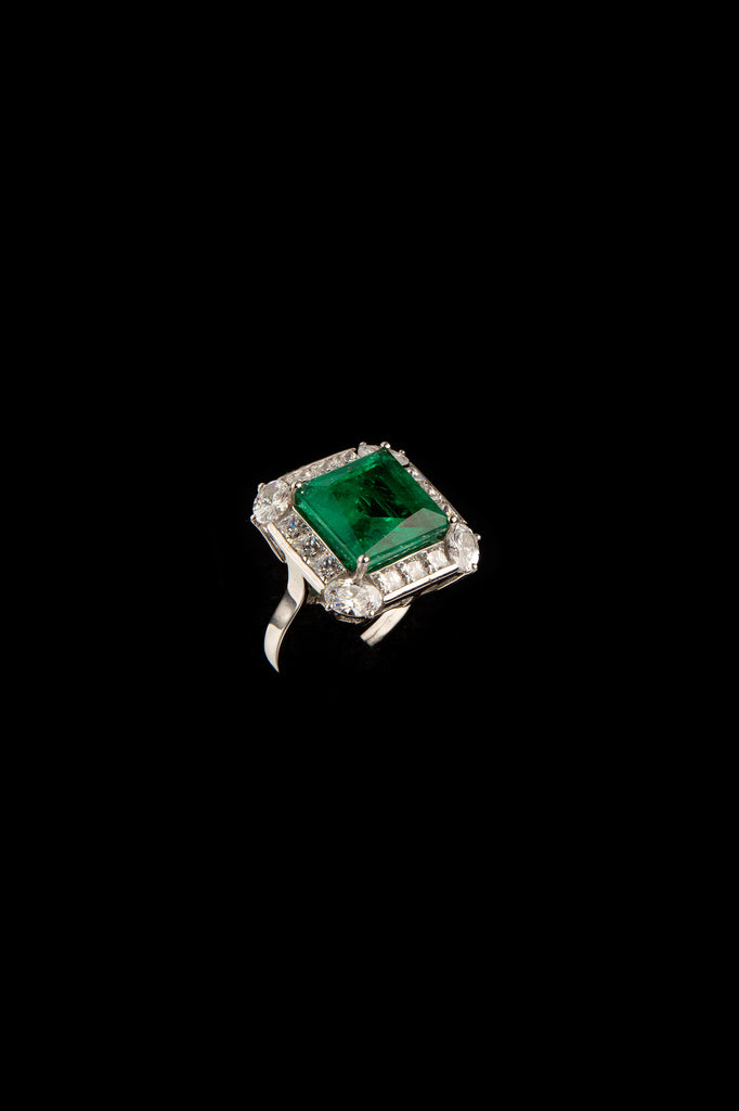 STERLING SILVER GREEN CRYSTAL SQUARE STATEMENT RING