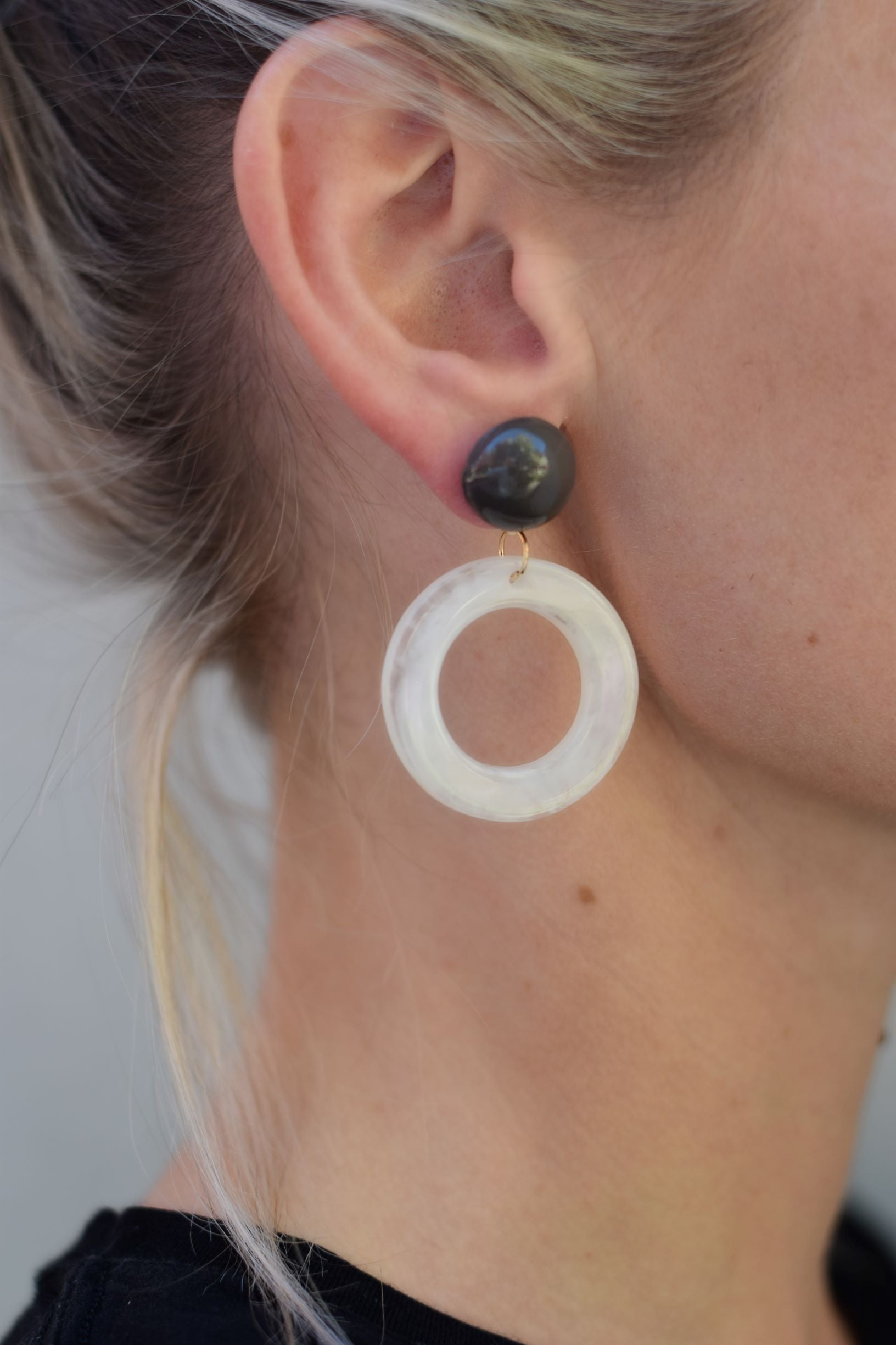 White and Gray Retro - Resonate Jewelry