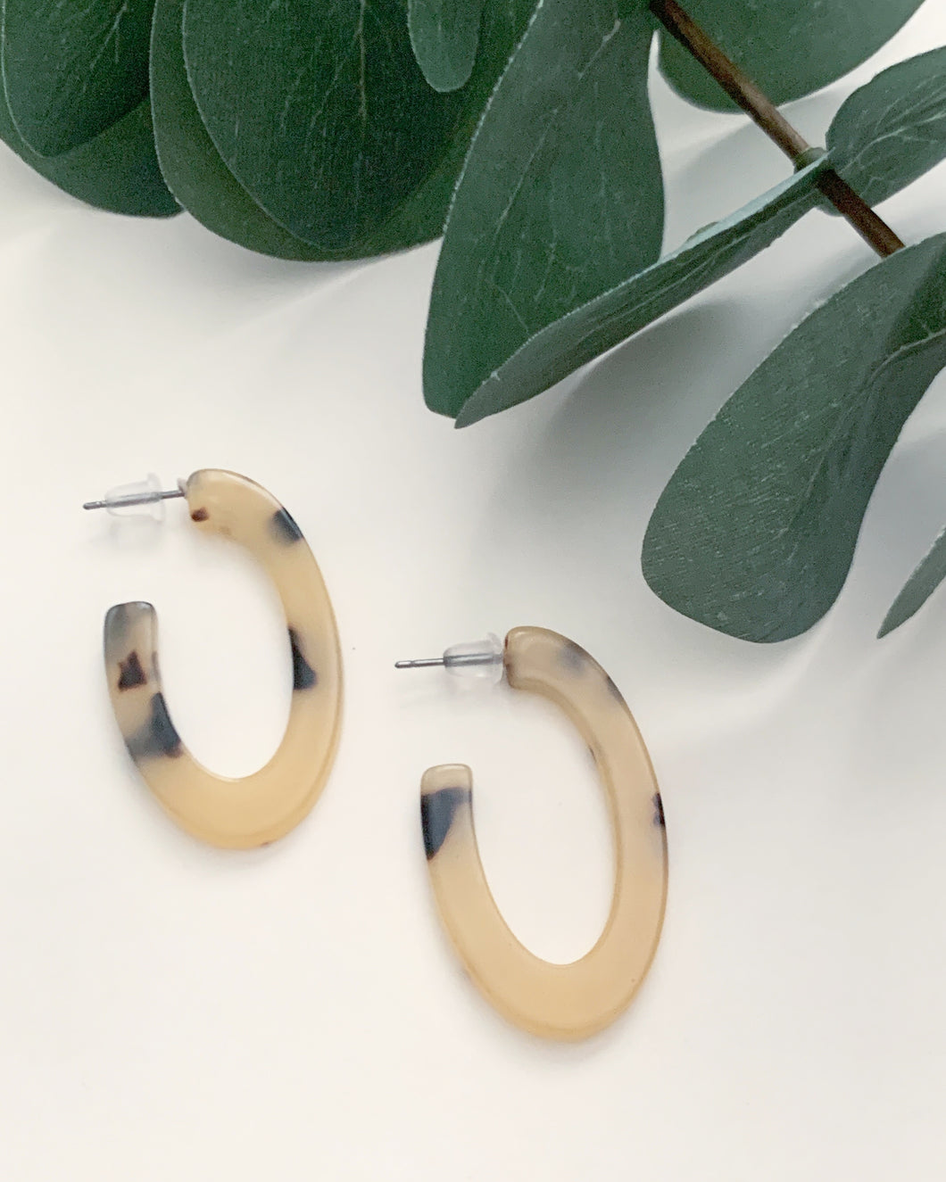 Mini Oval Cream Tortoise Hoops - Resonate Jewelry