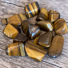 Load image into Gallery viewer, Tigers Eye Small Tumbled Stone