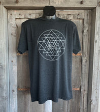 Load image into Gallery viewer, Men's Sri Yantra T-Shirt Vintage Black/Silver
