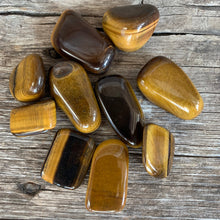 Load image into Gallery viewer, Tigers Eye Medium Tumbled Stone
