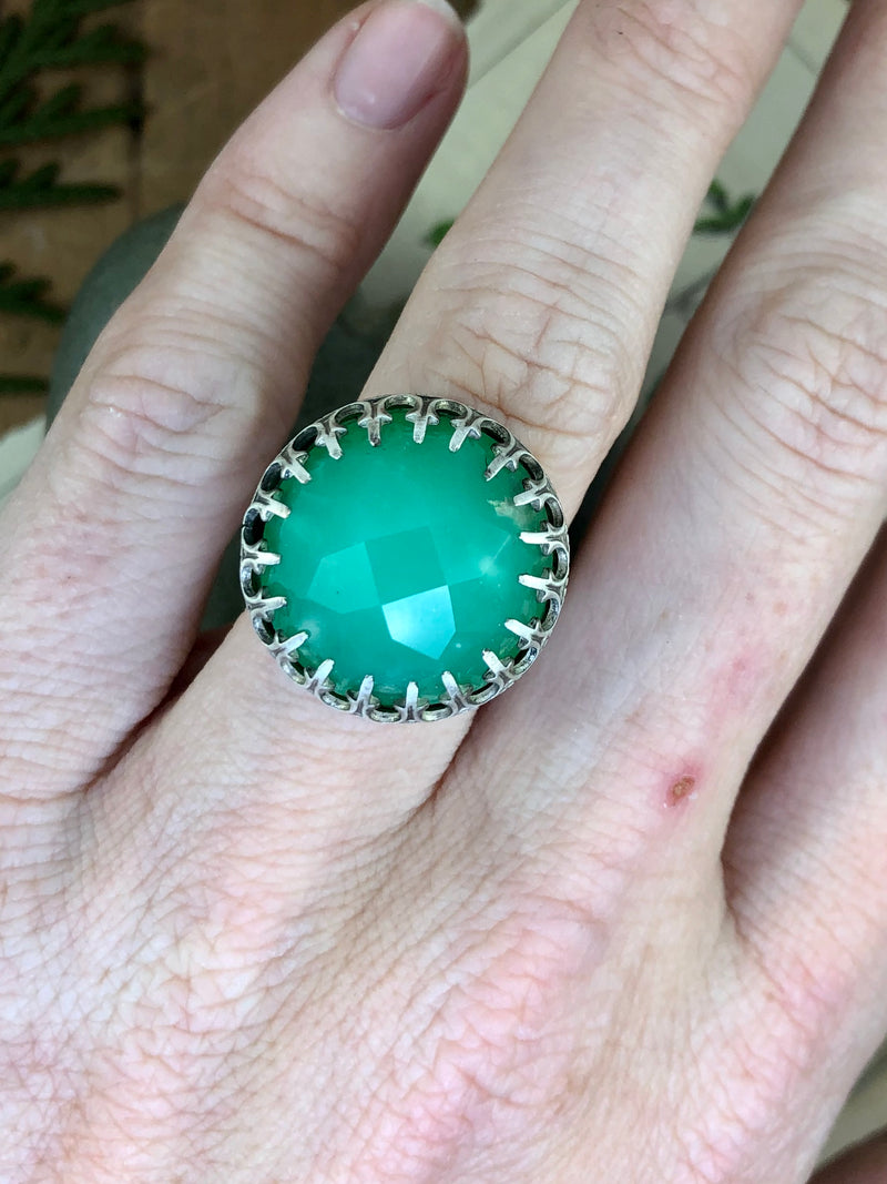 Chrysoprase Crown Ring