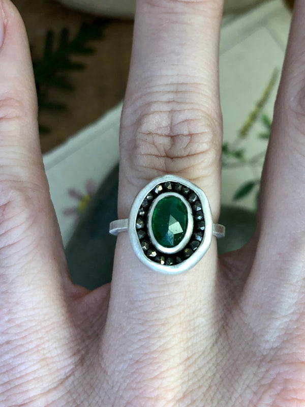 Emerald Aurora Ring