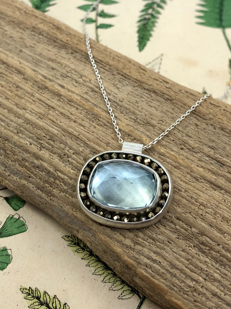 Blue Pool Aurora Necklace