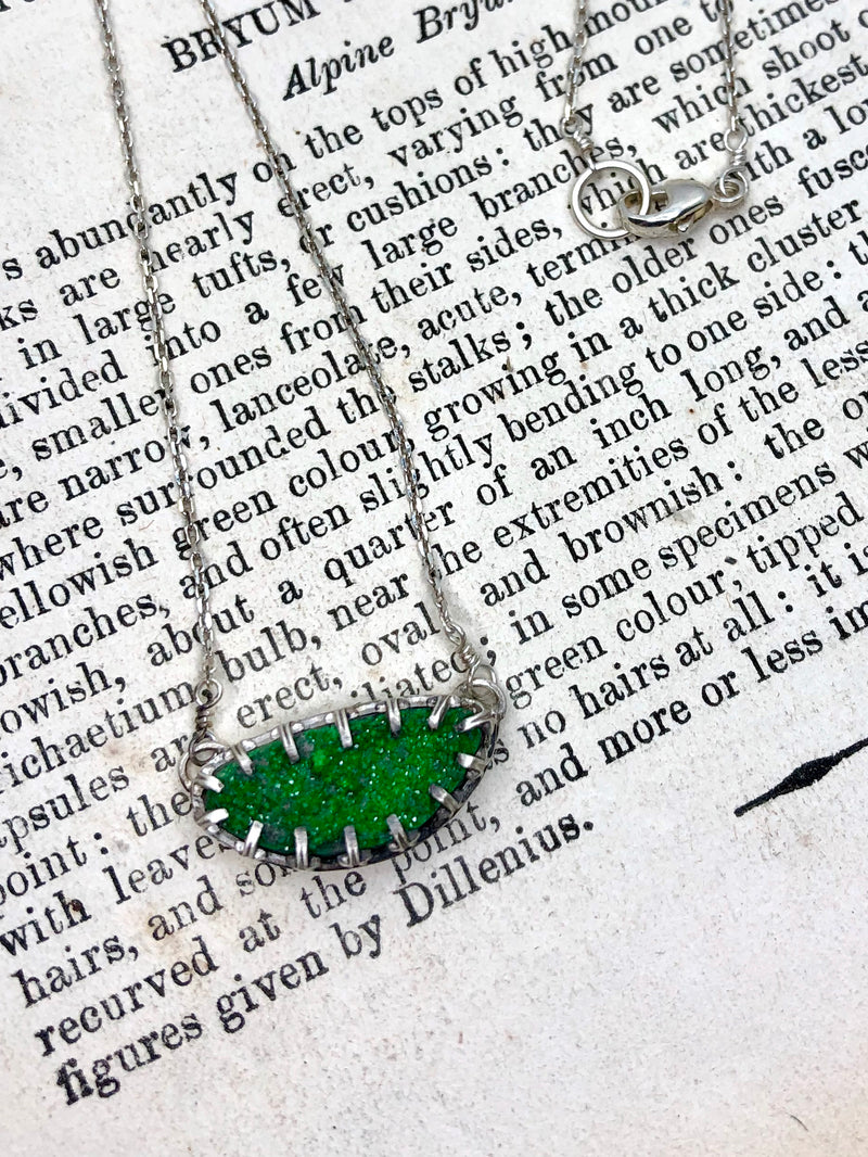 Sparks of Green Necklace 2