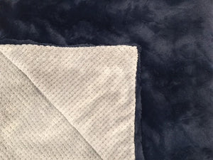Pet Bed Cover: Cuddle Cloud Spa in Silver on Stella in Navy