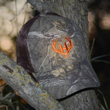 Load image into Gallery viewer, Realtree Camo Hat w/ Brown Mesh Back
