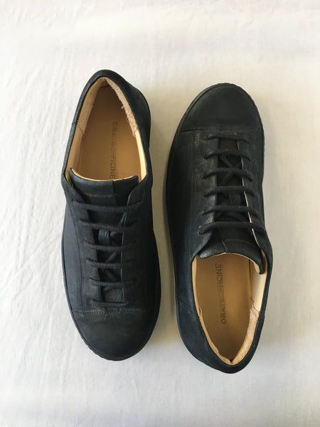 ORATE OFFICINE Ezequiel Leather Low-Top Trainer  -  BLACK (ON BLACK)