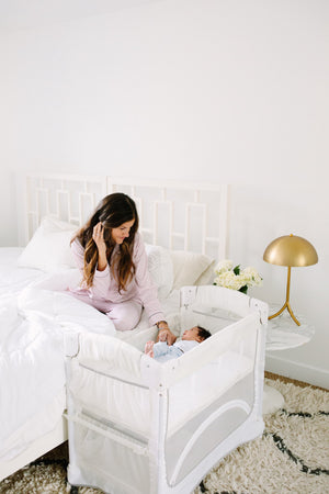 Arm's Reach Mini 2-in-1 Co-Sleeper bassinet