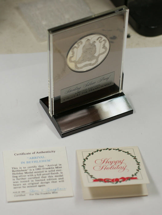 1983 Hark Herald Angels Sing Sterling Silver Proof Franklin Mint Holiday Medal