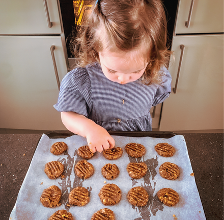 Peanut Butter Cookie Recipe | Recipes for Kids | Recipes for Toddlers | Activities for kids | Activities for toddlers | Things to do indoors with kids | Things to do indoors with toddlers