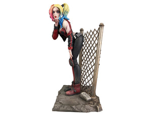 Diamond Select Harley Quinn (DCeased) Gallery Statue