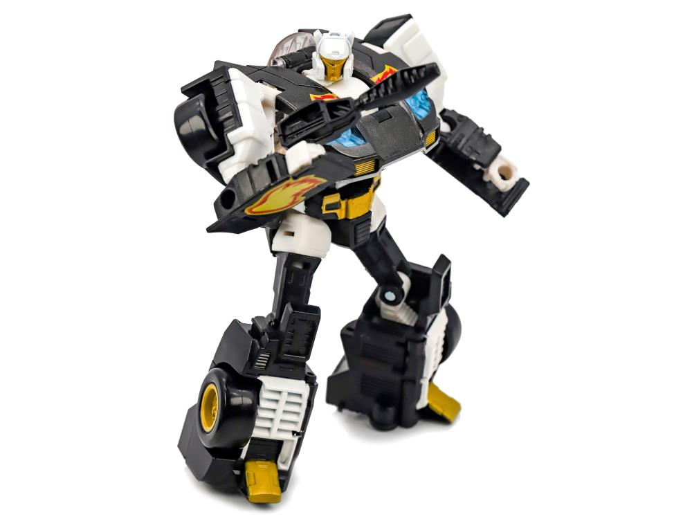 HASBRO TRANSFORMERS GENERATIONS SELECTS DELUXE CLASS RICOCHET ACTION FIGURE