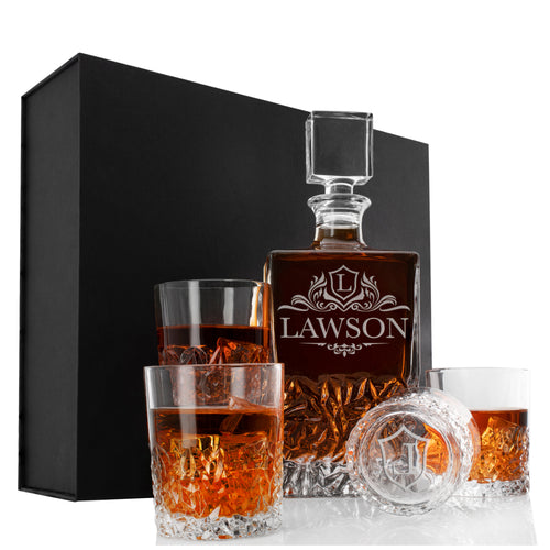 Whiskey Decanter and 4 Glasses  Set Design 9
