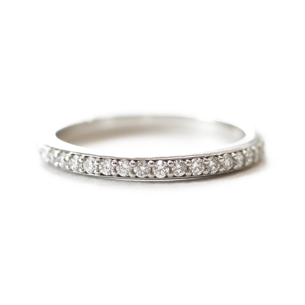 Diamond Pavé Band
