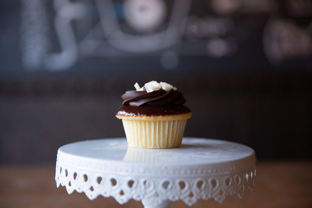 Molly's Center Filled Cupcake - Boston Cream