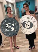 "Load image into Gallery viewer, November 14th SEMI-PRIVATE -  1 pm-Kristen's 36"" Large Clock Workshop"