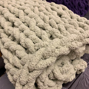 Dec 22 PUBLIC- Sunday at 2:00 pm -  Cozy Blanket Workshop