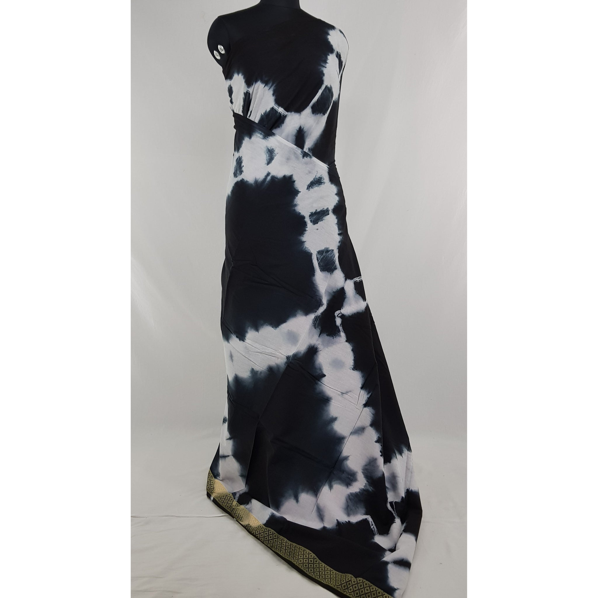 Hand Block Printed Bagru Black and white color mul mul cotton saree with batik blouse - Vinshika