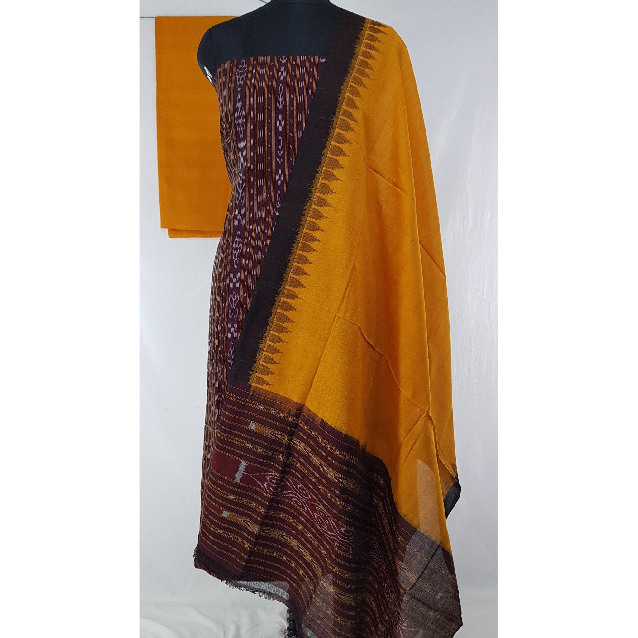 Sambalpuri Handloom Ikat cotton salwar set with temple border dupatta - Vinshika