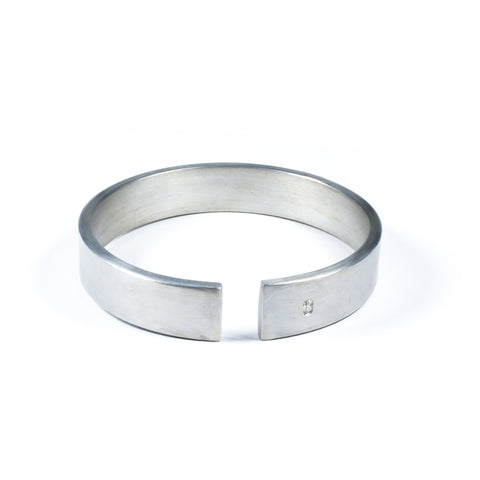 ALUMINUM BANGLE BRACELET