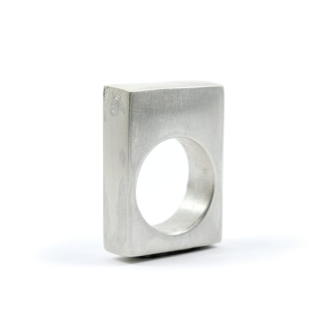 SQUARE HOLLOW RING