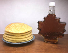 Load image into Gallery viewer, Certified Organic Syrup: 750 ml Maple Leaf Shaped Glass