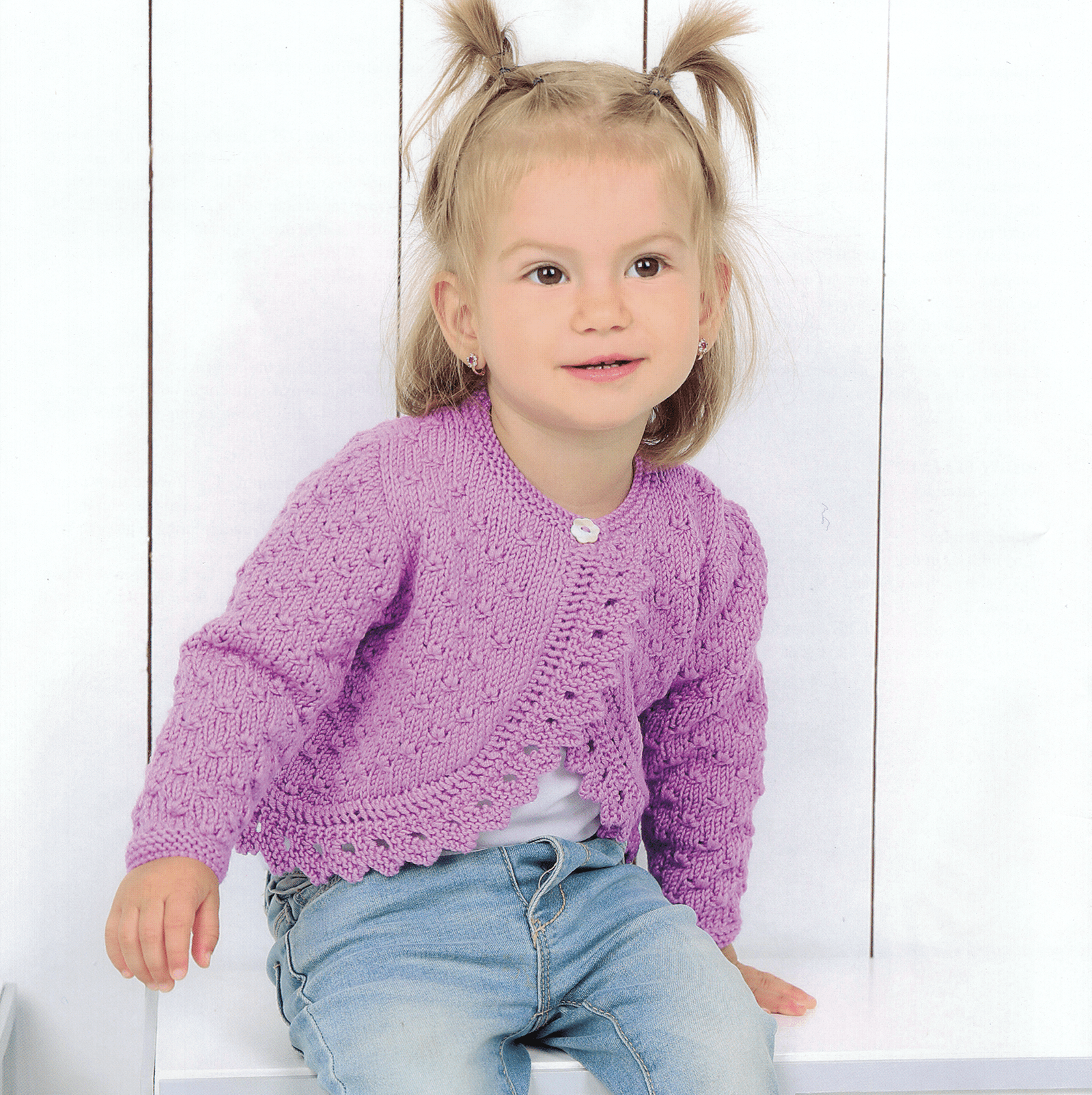 Felixa Baby Sweater + FREE BONUS book of baby patterns!*