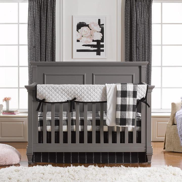 Liz & Roo Modern (Black & White) Bumperless Crib Bedding 4-pc. Set