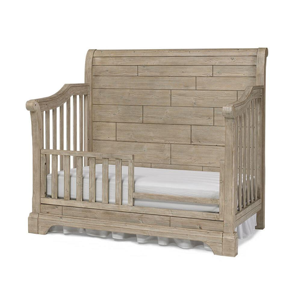Bivona & Co. Delfino Convertible Crib