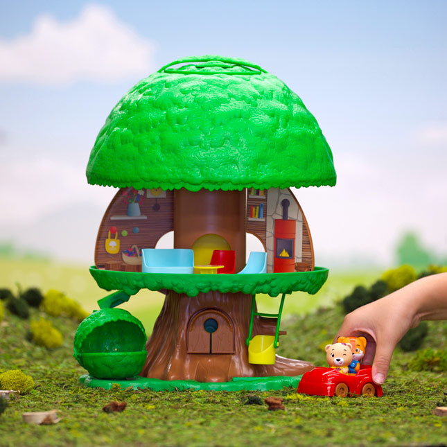 Fat Brain Timber Tots Tree House