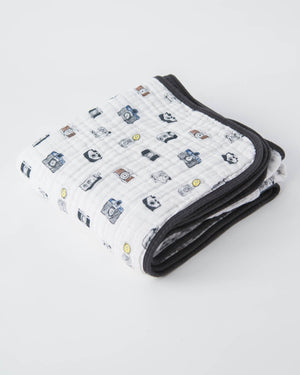 Little Unicorn Cotton Muslin Quilt - Camera