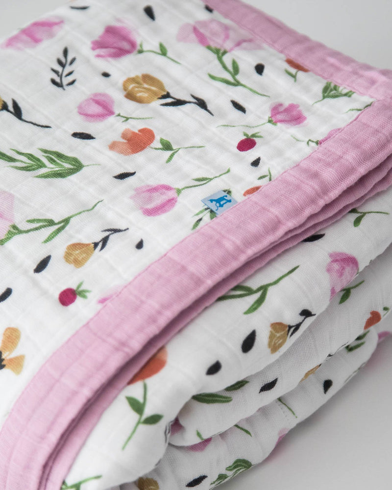 Little Unicorn Big Kid Cotton Muslin Quilt - Berry & Bloom