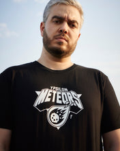 Lade das Bild in den Galerie-Viewer, METEORS SHIRT BLACK