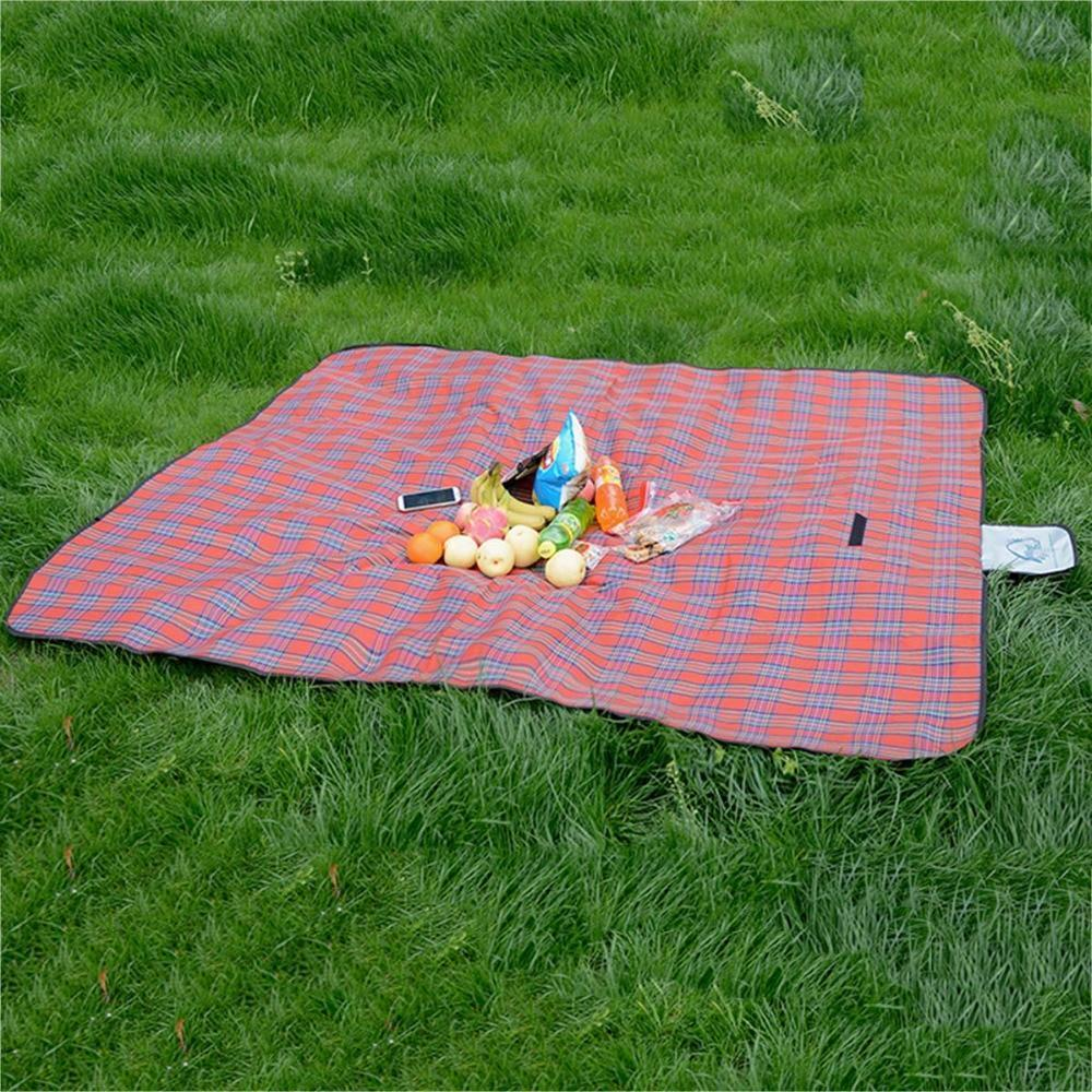 WATERPROOF FOLDABLE PICNIC BLANKET