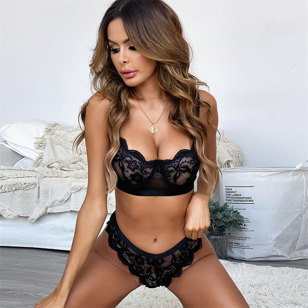 Black Lace Lingerie Bra and Underwear Set