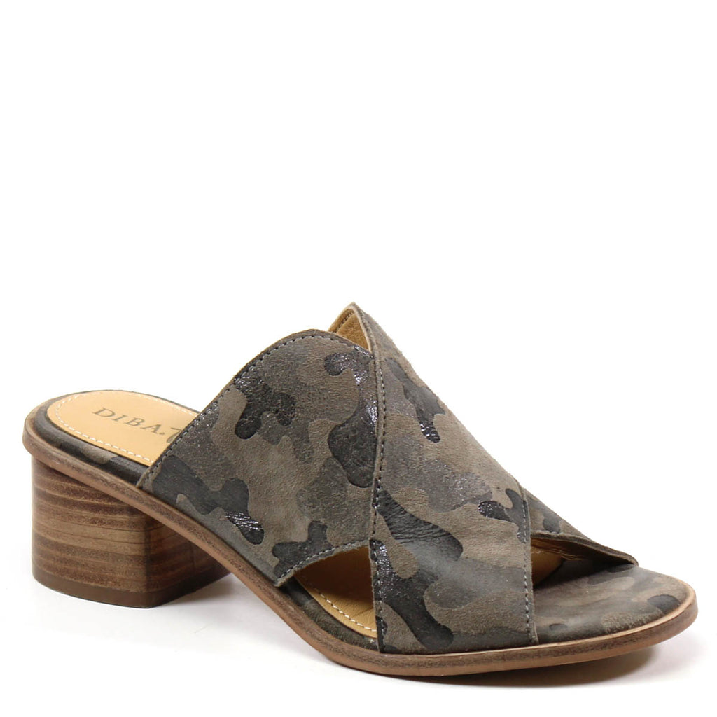 Easy slip-on sandal by Diba True featuring camo suede upper, thick criss-cross strap upper and a padded insole. The BLOCK END by Diba True.