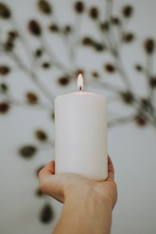 What is the difference between soy wax and paraffin wax used to make candles